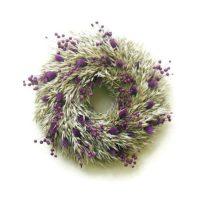Zabos szárazvirág koszorú lila fénymaggal
