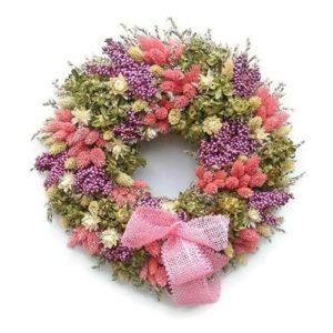 Pompás rózsaszín szárazvirág koszorú