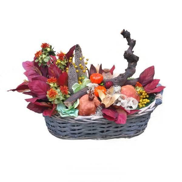 Szárazvirág asztaldísz szőlőtőkével